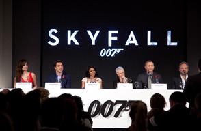 007シリーズ最新作 スカイフォール 画像.PNG